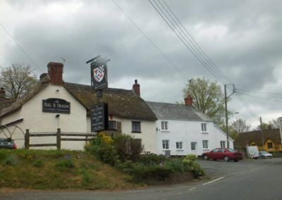 Bull & Dragon, Meeth
